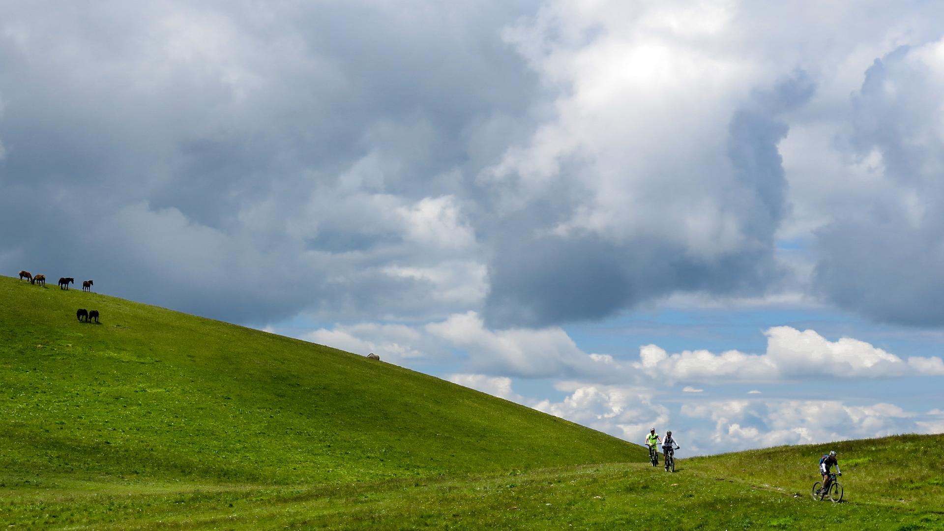 Escursioni-personalizzate-mtb-marche-adventures
